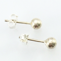 A Pair Sterling Silver Earstuds Ball Ear Studs Pierced Earrings